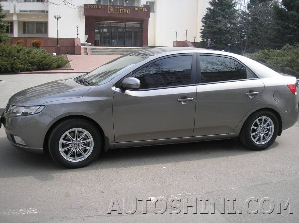 Kia Cerato на дисках Marcello MR-01